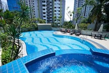 Swimming Pool & Outdoor Jacuzzi (in the 2nd floor)
