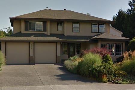 1 bdrm furnished - Maple Ridge - Casa