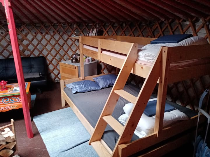 live your experience in the yurt
