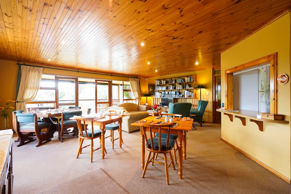 Open plan dining room and lounge where breakfast is served