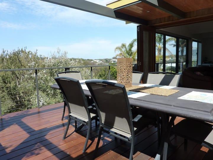 Sorrento Seashells Apartment (with Tennis Court).