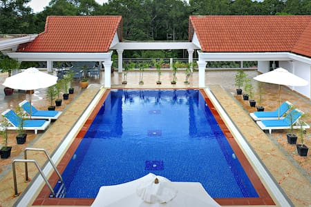 Upscale Condo with Pool and Gym - Krong Siem Reap - Kondominium