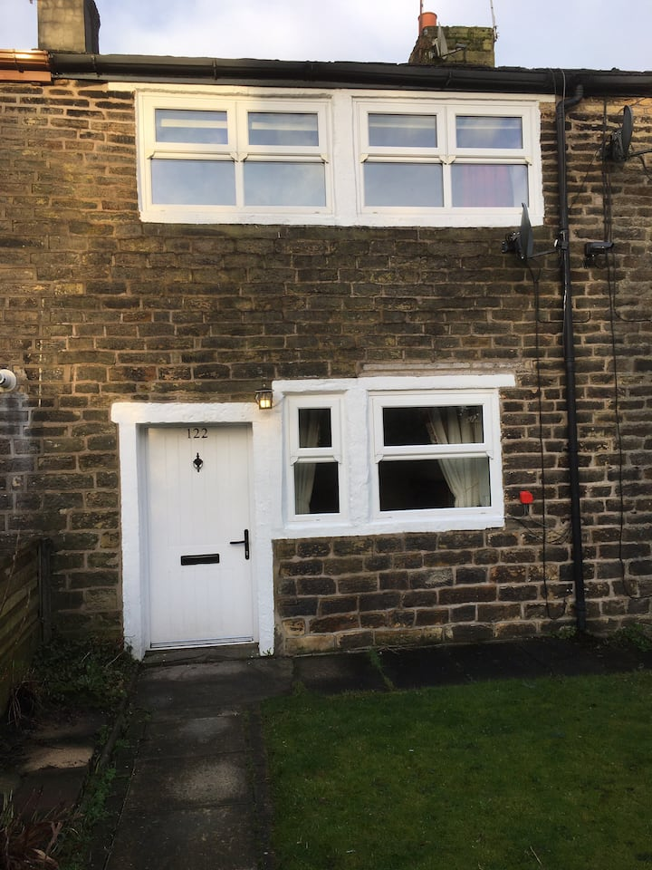 Beautiful character cottage - Ashworth Valley