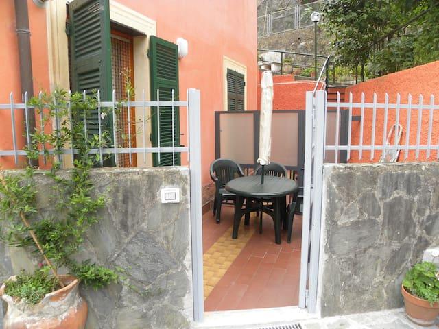 Casa Bonassola centro per 4 persone con parcheggio