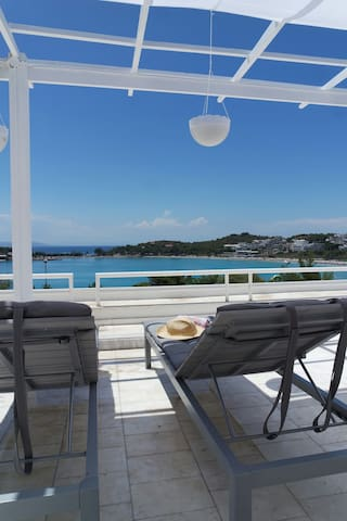 Studio with panoramic seaviews - Vouliagmeni - Bungalov