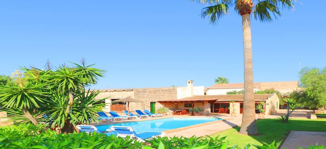 Finca Emilia, wifi free, private pool