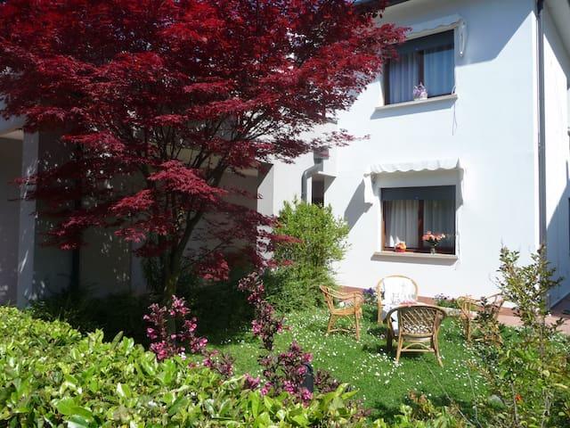 All'Acero Rosso: vacanze ad un passo da Venezia - Mogliano Veneto - Flat