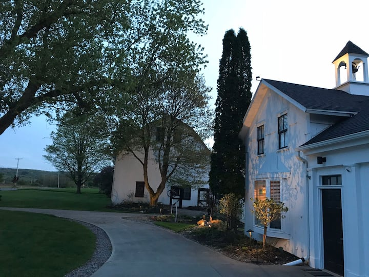 Private Carriage House near Colgate University