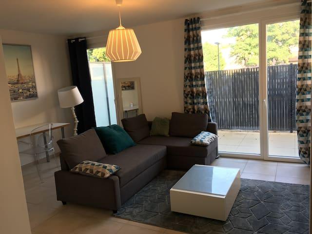 studio neuf au vert à proximité de Dijon