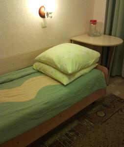 Сдам комнату в Индустриальном районе - Izhevsk - Apartament