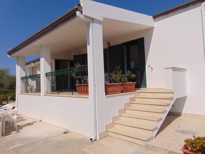 Villa nuova zona Maria Pia vicino alle spiagge