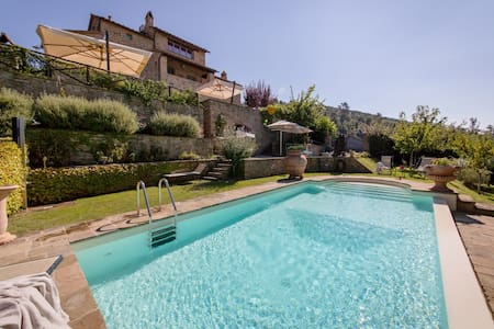Villa Teresa, relaxing Tuscan nest - Ossaia - Huvila