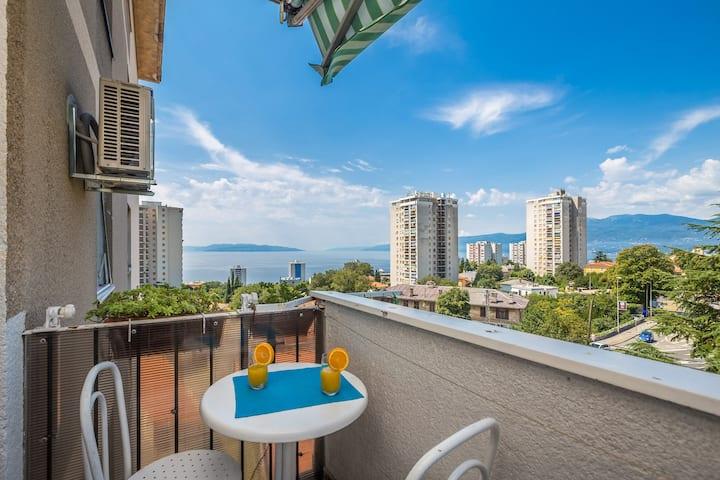 Seaview Apartment Nikky