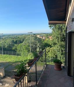 Loft rustico sulle colline del Monferrato