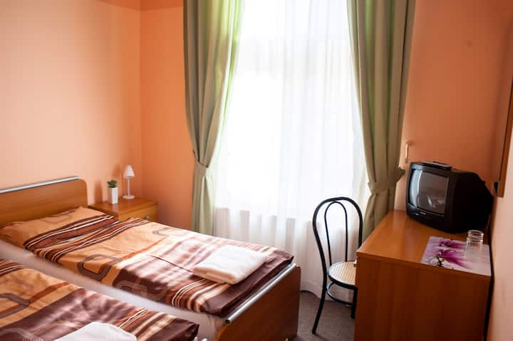 Pension City Center Prague - Single Ensuite Private Room with own shower&WC