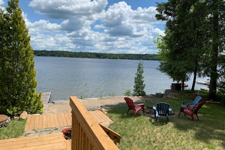 Waterfront Cottage on White Lake