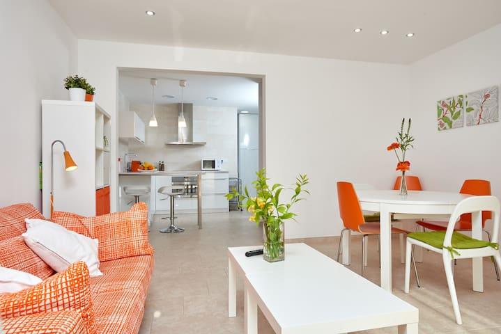 Apartamento a 300 metros del mar. Wifi - Cubelles - Leilighet