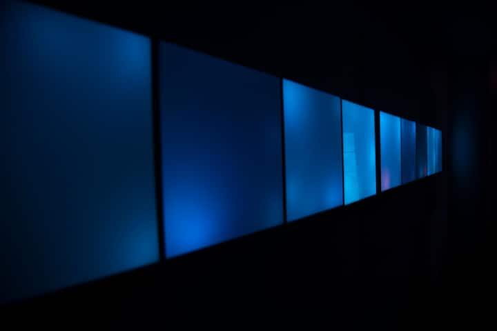 Exposición Tesla Luz y Color
