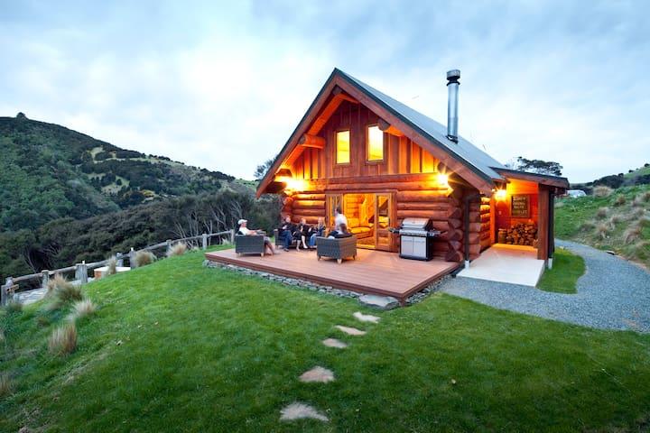 Cascade Creek Retreat- near Dunedin