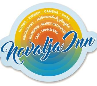 NOVALJA IN 2 (Standard Triple Room w/Sae view) - Novalja - Bed & Breakfast