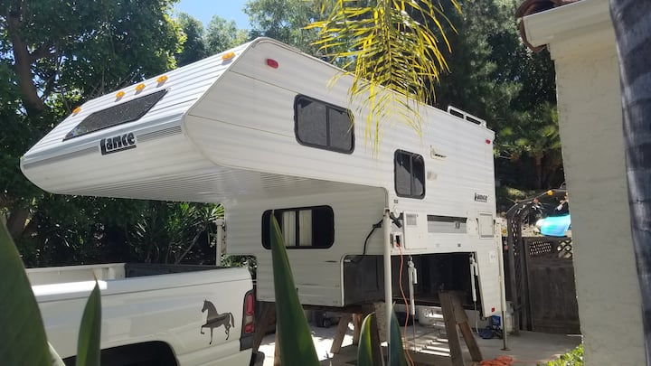 Tiny  glamping on mini ranch near Lake Hodges