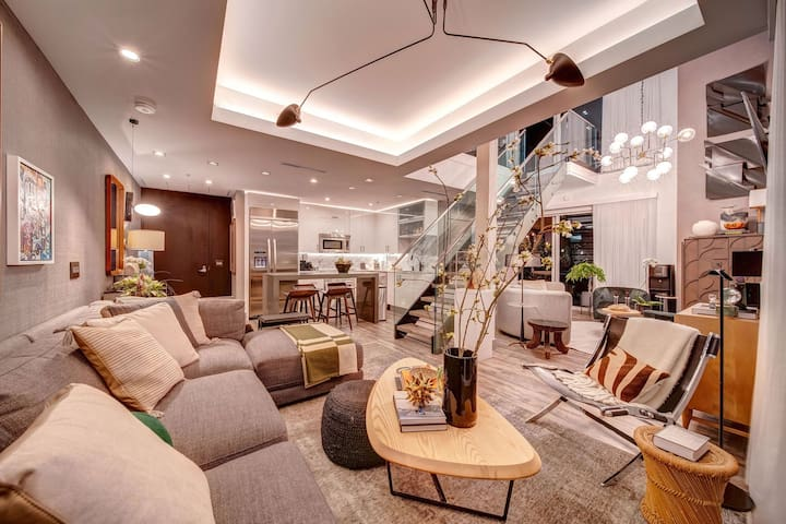 Miami Penthouse with Private Rooftop Terrace!!!