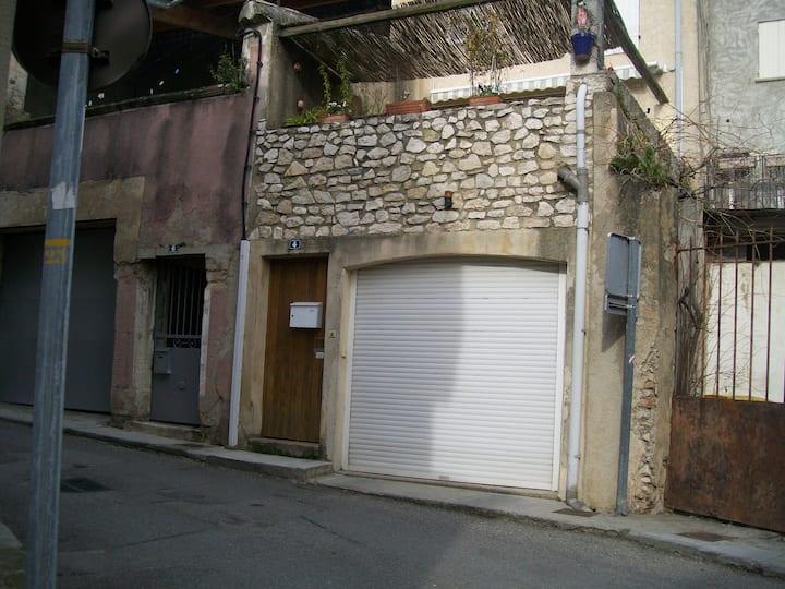 Mérindol maison centre village