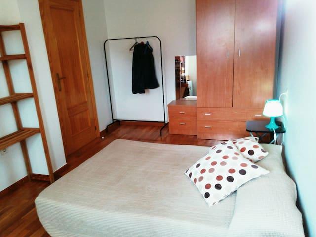 Habitación doble en apartamento - Hervás - Wohnung