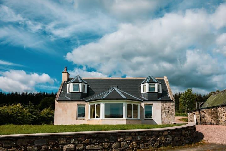 Bailliesward Cottage