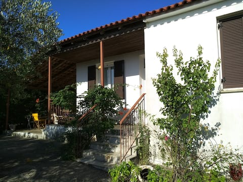 Peaceful Villa near beautiful beaches in Messinia