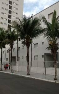 temporada PRAIA GRANDE Ap. 1 quarto a 50m da areia