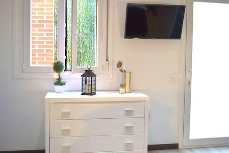 Private Double Room+Free WIFI - 马德里 - 其它