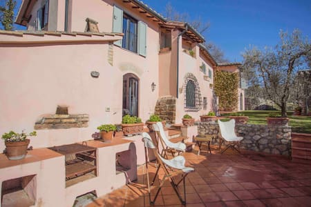 Private luxury villa with pool, near Rome - Stimigliano