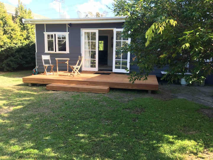 Burrill Lake View Holiday Cottage -pet friendly 🐶