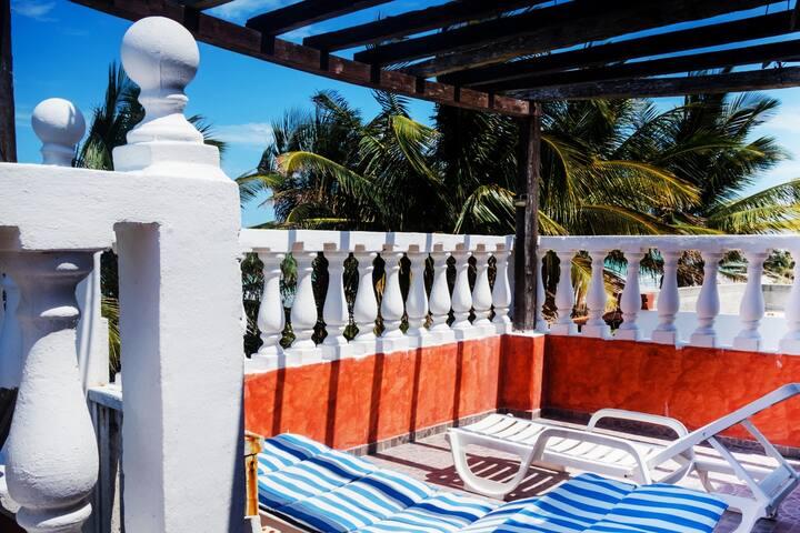 Palapa Maya frente al mar, primera fila, terrassa