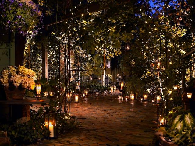 Courtyard candlelit