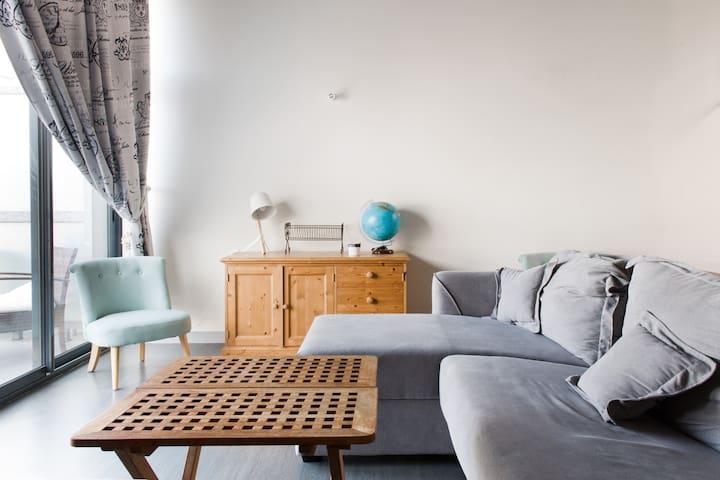 grand canapé-lit d angle
