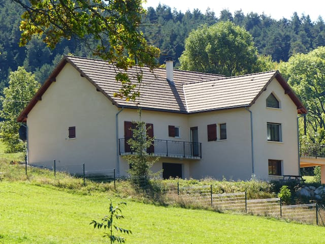 Large 4 Bedroom Detached House with Stunning Views - Lus-la-Croix-Haute - House