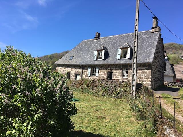 Belle maison au cœur du Cantal