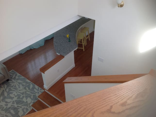 Loft apartment, 5 minutes to downtown Portland, ME - Falmouth - Leilighet