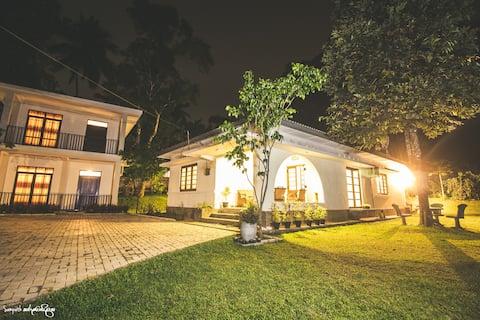 Thomasz Lodge