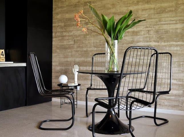 The Concrete Studio. Design in Palermo Hollywood