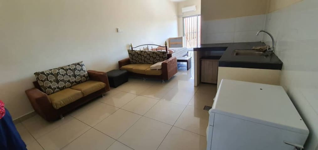 CONVENIENT FOR FAMILY STAY/SINGLE/COUPLE STAY