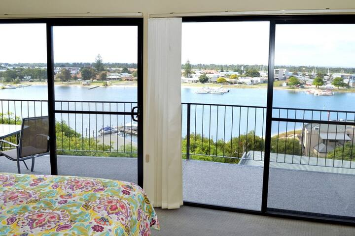 Ocean View Apartment 1 - Lakes Entrance
