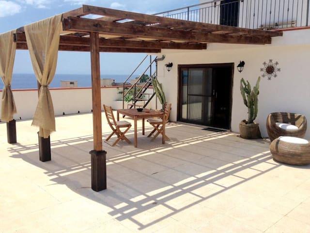 Al piccolo Attico - Casa vacanze - Melito di Porto Salvo