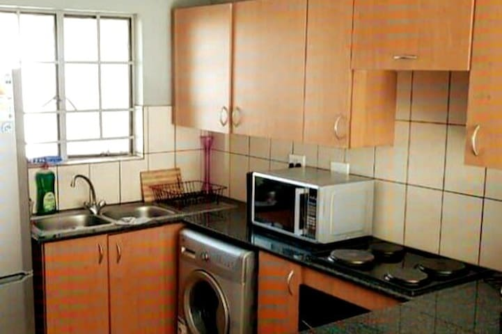 Apartment near the Mall of Africa & Gautrain.