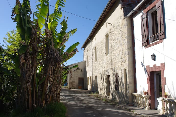 location estussan - Lavardac - House