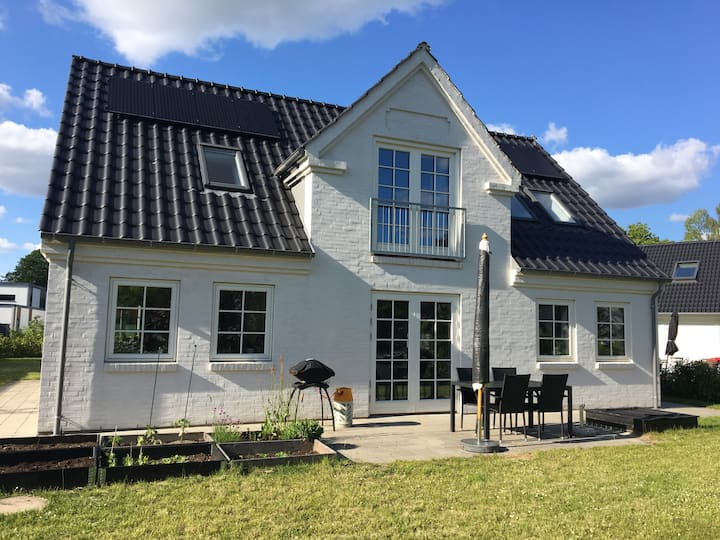 New modern family house in Blovstrød, Allerød