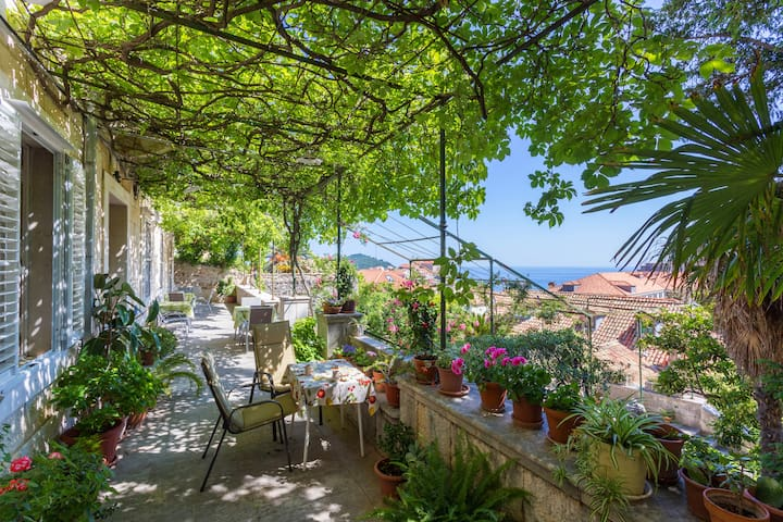 Beautiful room - teracce & view next to Old Town - Dubrovnik - Villa