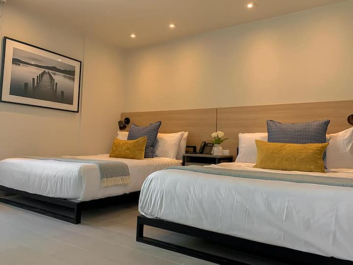 Stylish room equipped with 2 Queen size beds